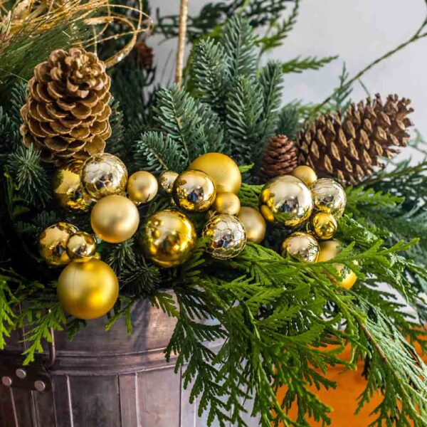 Ornament Cluster Pick – Gold