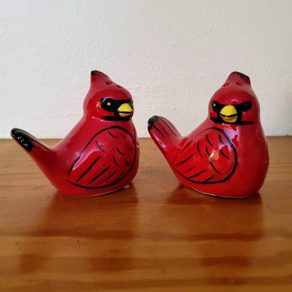 Salt and Pepper Shaker Set Cardinals